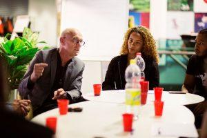 Tjeerd Herrema in debat met Almeerse jongeren